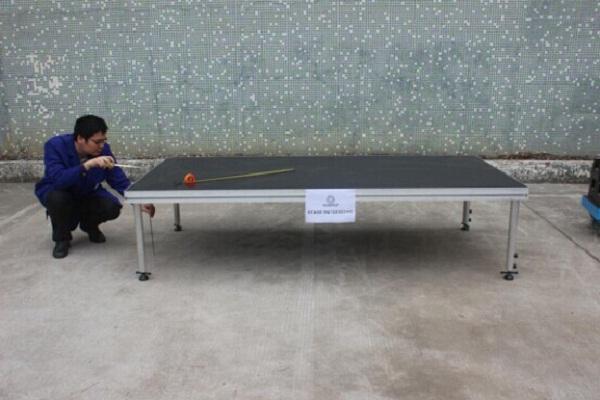 铝合金舞台进行承重检测