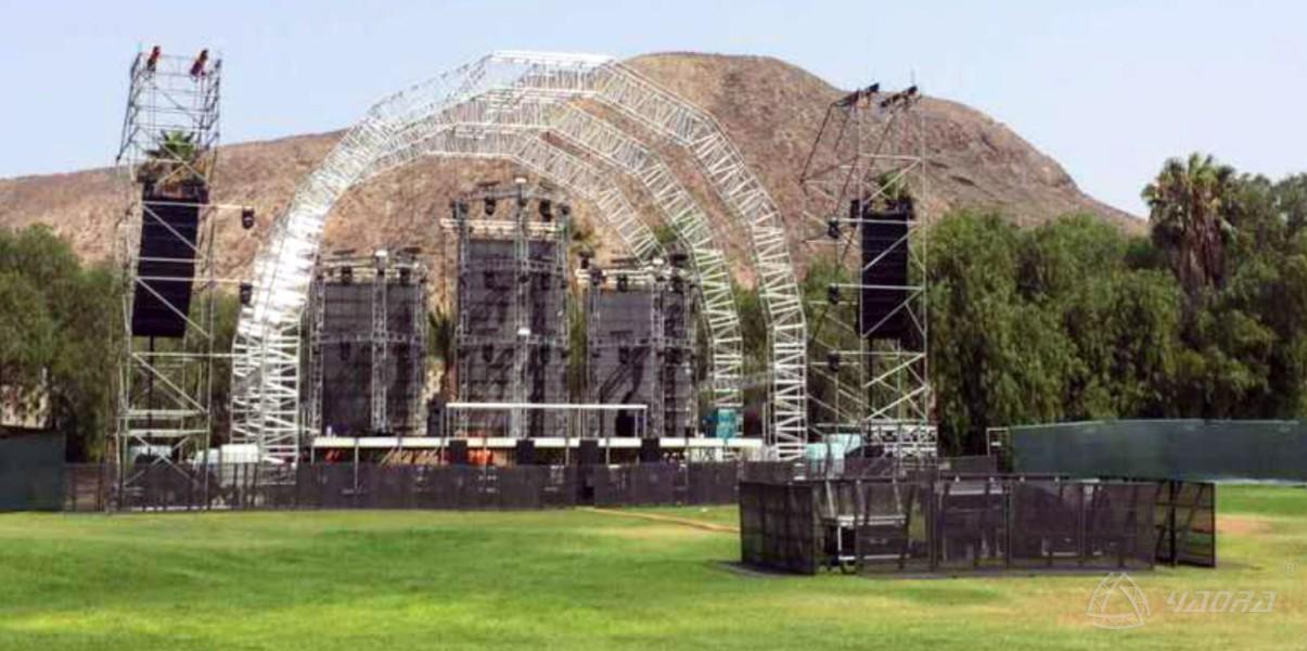 演唱会现场拱形桁架案例