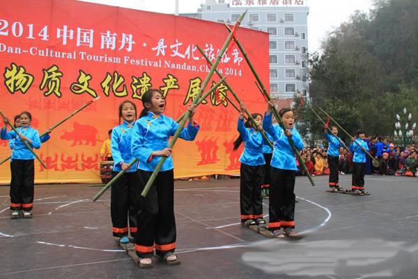 广西南丹文化旅游节优耐快装舞台